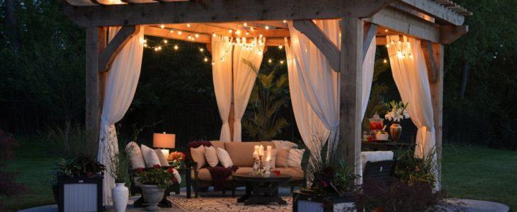 Låt trädgården stråla dygnet runt med solcellslampor