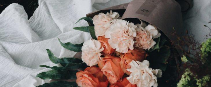 Köp dina blommor i Täby